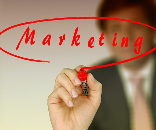 Biznesmen-marketing-sieciowy