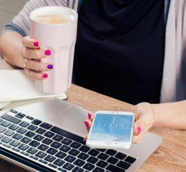 biznes-na-lata-w-domu-przy-kawie
